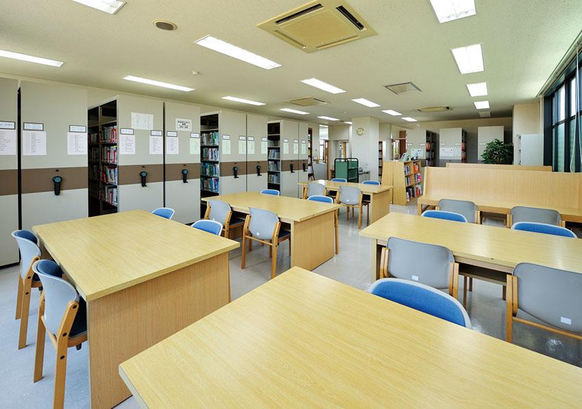 図書室(1)